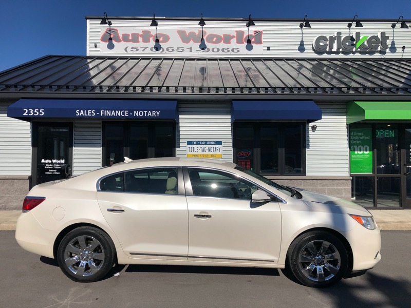 Buick LaCrosse 4dr Sdn Leather AWD 2013
