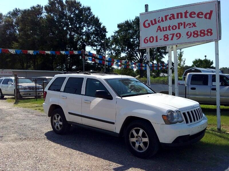 Jeep Grand Cherokee Laredo 2WD 2009