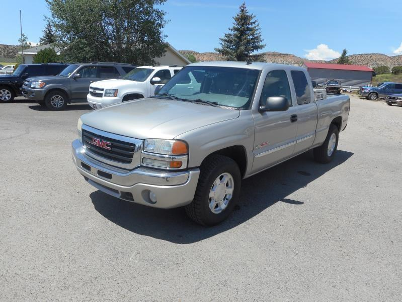 2006 GMC Sierra 1500 SLE1 Ext. Cab Long Bed 4WD