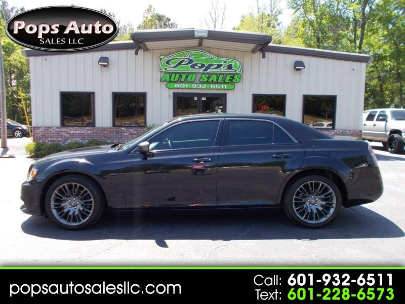 2014 Chrysler 300 C John Varvatos Luxury RWD