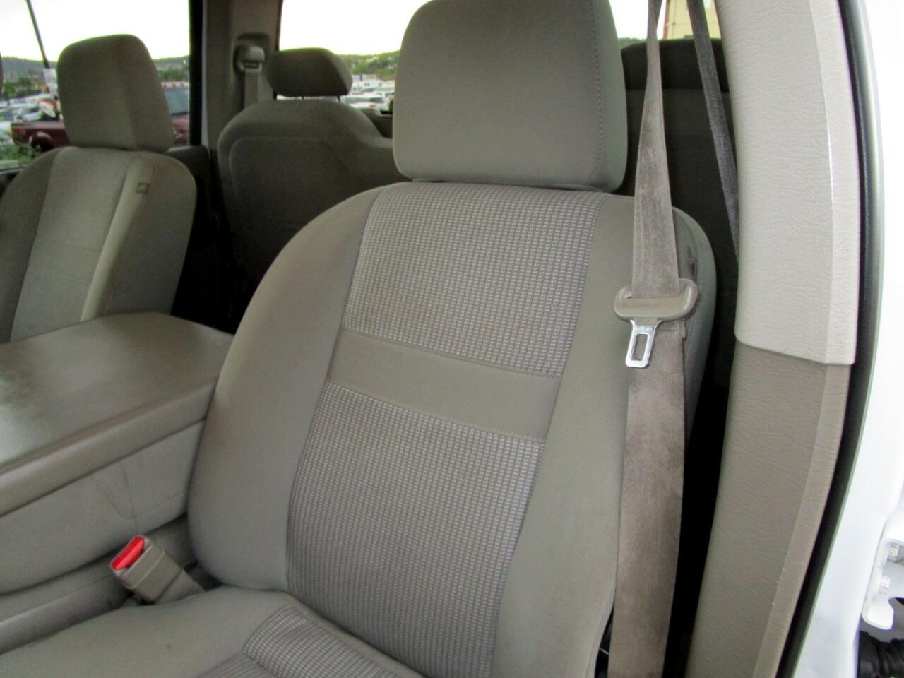 2007 Dodge Ram 3500 4WD Quad Cab 140.5