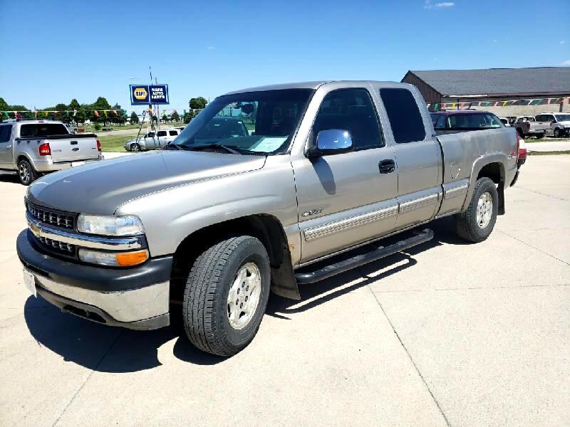 Chevrolet Silverado 1500 Ext. Cab Long Bed 4WD 2001