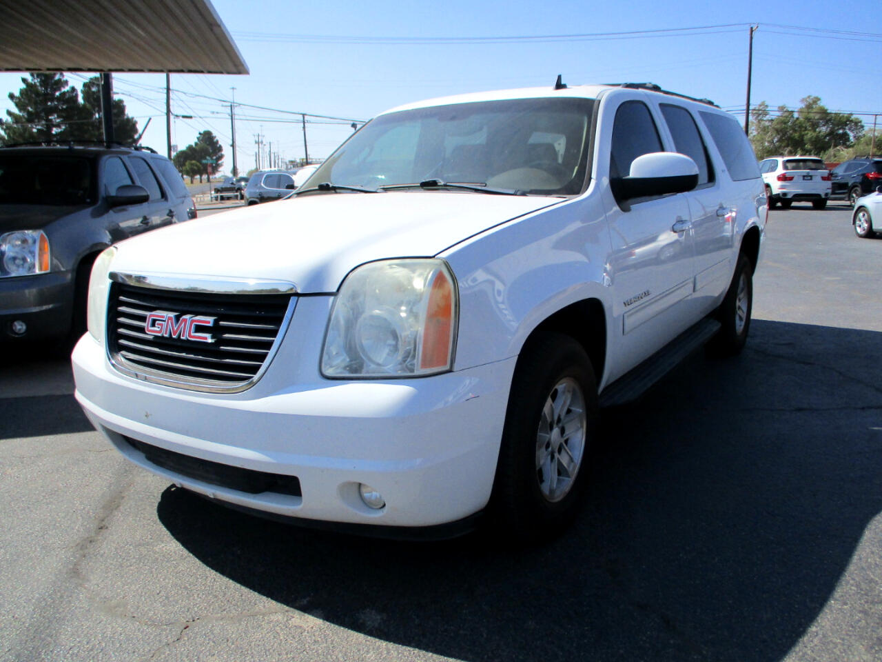 GMC Yukon XL SLT-1 1/2 Ton 4WD 2010