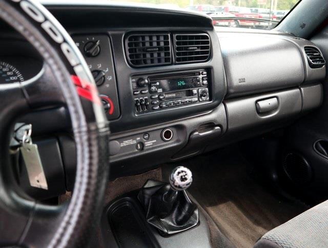 1998 Dodge Dakota Reg. Cab 6-ft. Bed 2WD