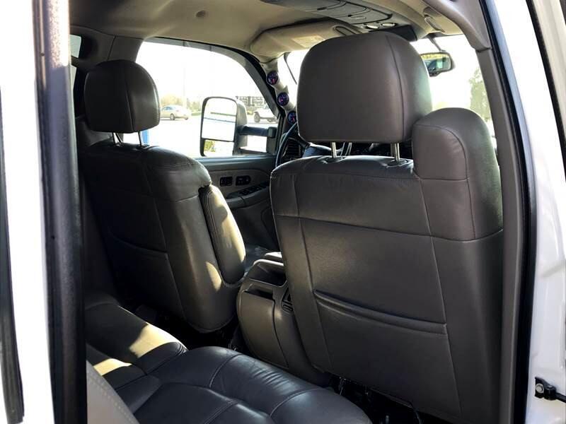 2002 Chevrolet Silverado 2500HD Crew Cab Long Bed 4WD