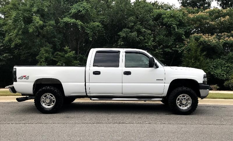 Chevrolet Silverado 2500HD Crew Cab Long Bed 4WD 2002