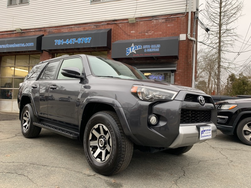 Toyota 4Runner TRD Off Road Premium 4WD (Natl) 2018