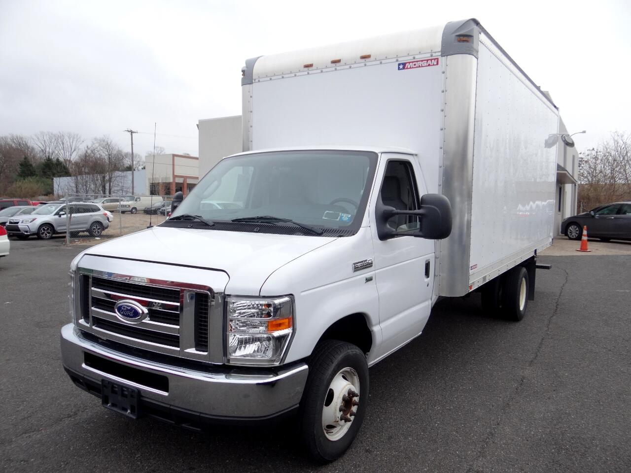 "2016 Ford Econoline Commercial Cutaway E-350 Super Duty 138"" SRW"