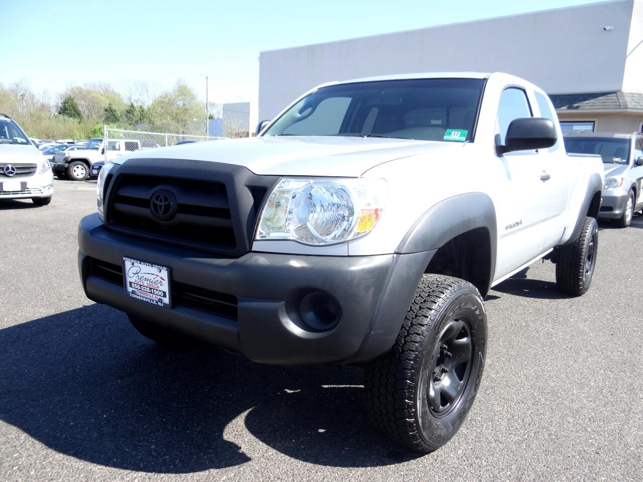 "2006 Toyota Tacoma Access 128"" Manual 4WD (Natl)"