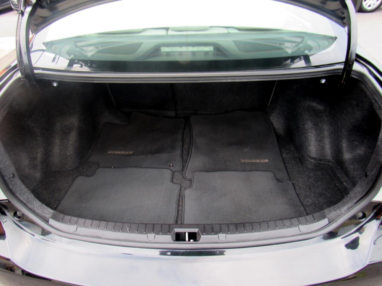 2013 Toyota Corolla 4dr Sdn Auto LE Special Edition (Natl)