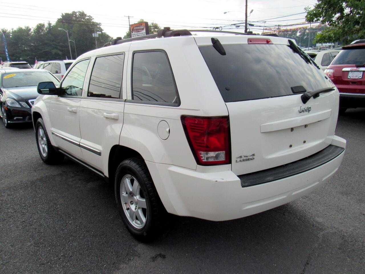 2010 Jeep Grand Cherokee 4WD 4dr Laredo