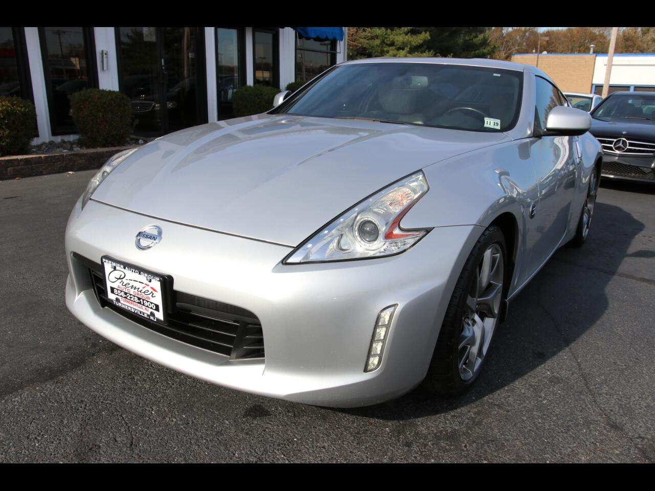 Nissan 370Z 2dr Cpe Auto Touring 2014