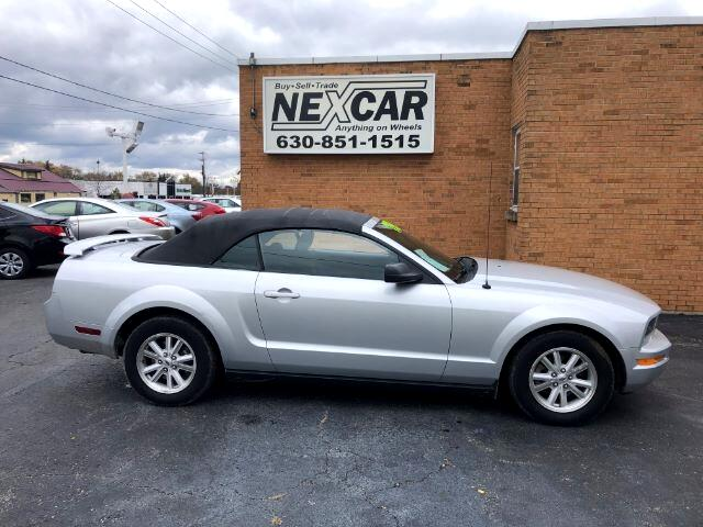 Ford Mustang V6 Deluxe Convertible 2006