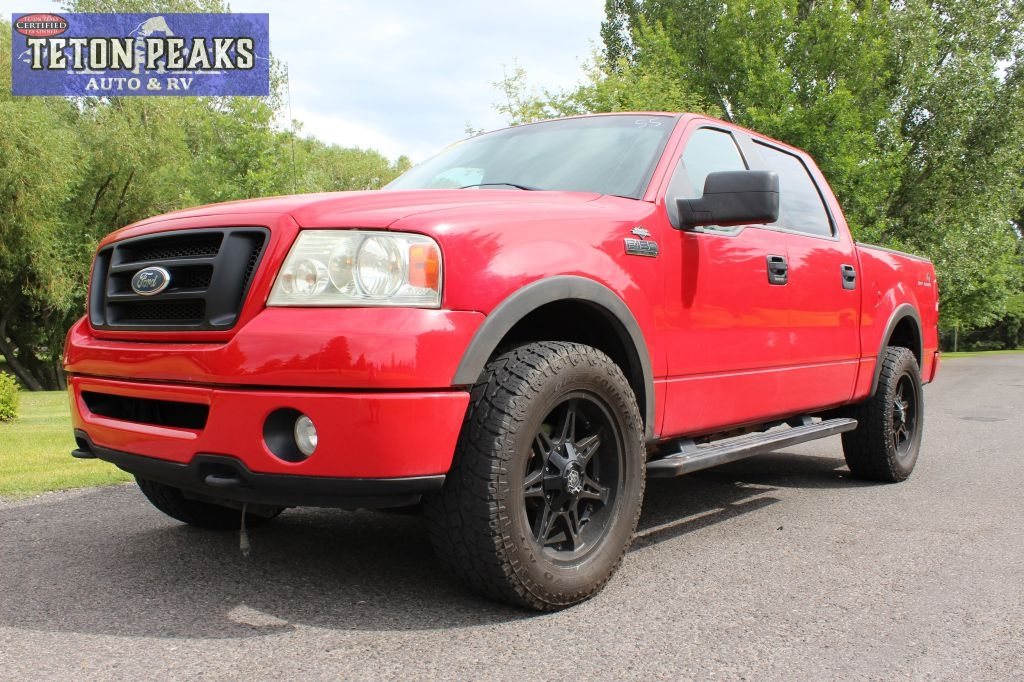"Ford F-150 4WD SuperCrew 139"" FX4 2008"