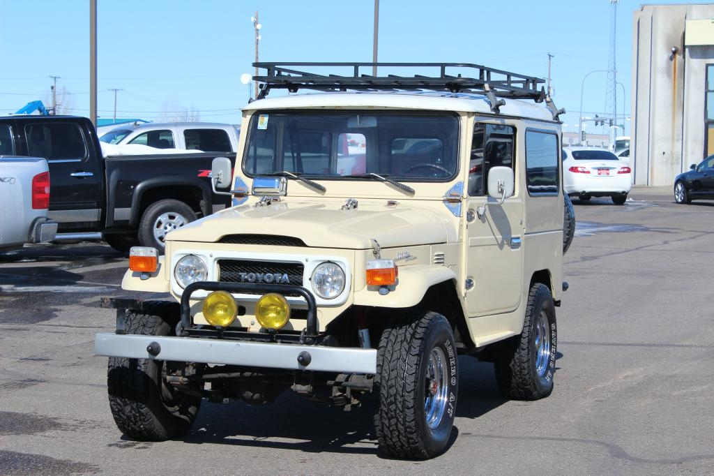 Toyota Land Cruiser  1975