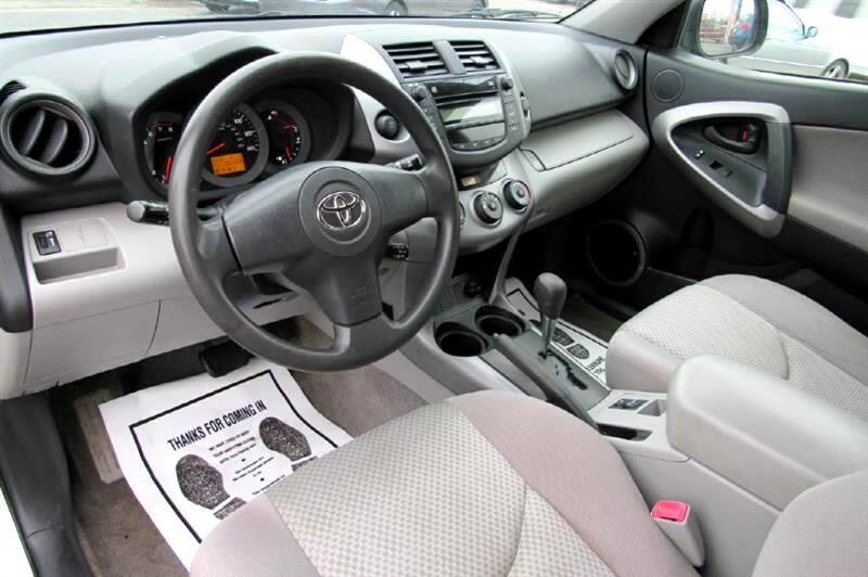 2008 Toyota RAV4 Base I4 2WD
