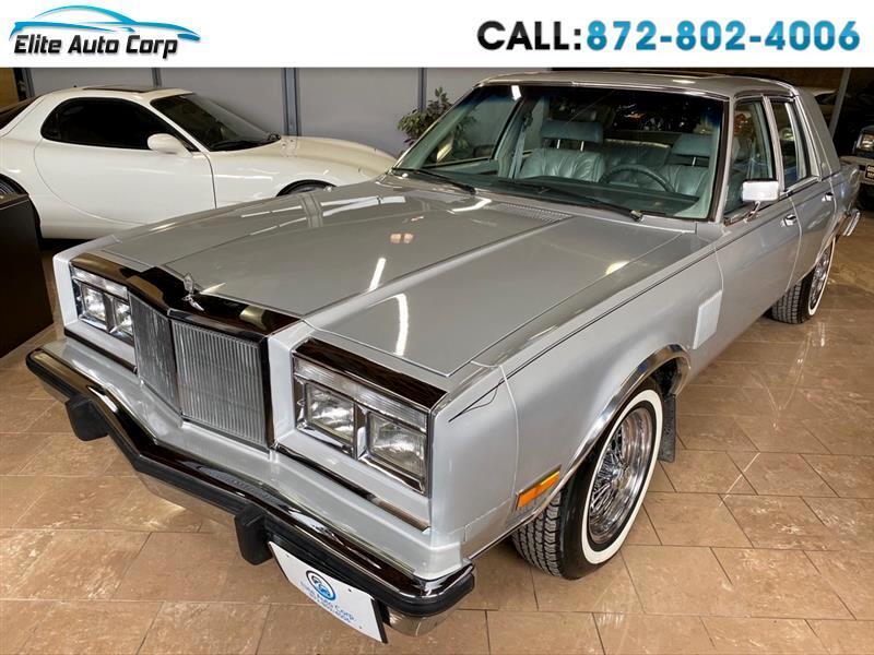 Chrysler Fifth Avenue Base 1984