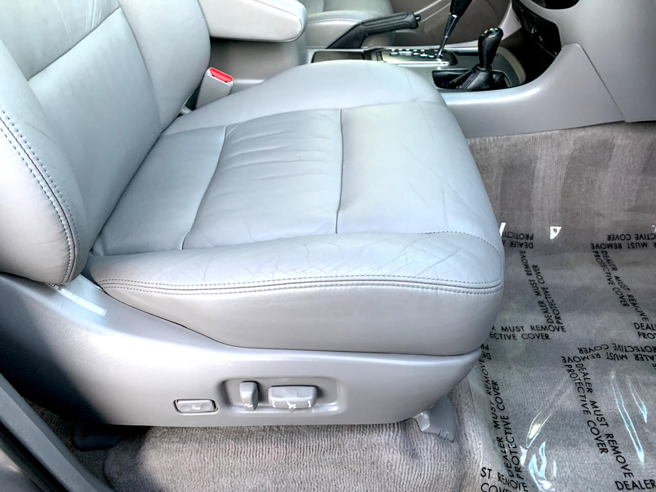 2005 Toyota Land Cruiser 4dr 4WD (Natl)