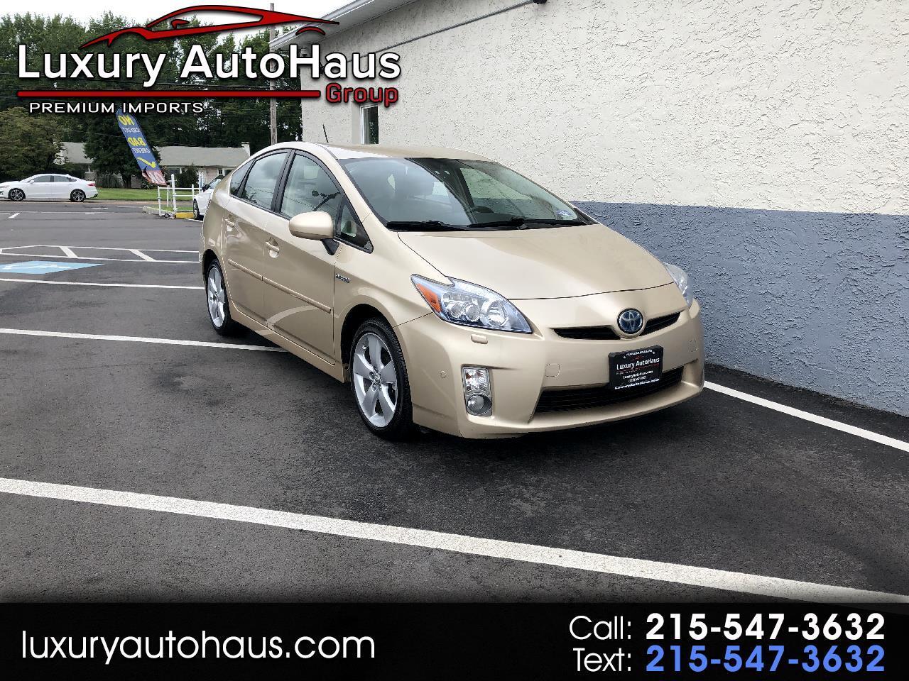 Toyota Prius 5dr HB V (Natl) 2011