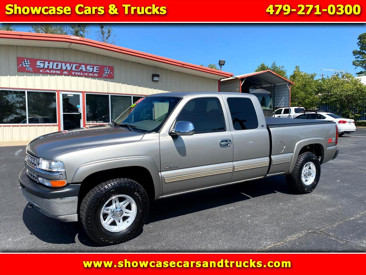 Chevrolet Silverado 1500 LT Ext. Cab 3-Door Short Bed 4WD 2000