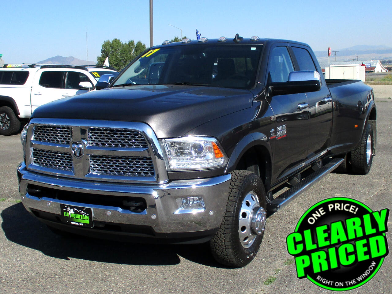 2017 RAM 3500 Laramie Crew Cab LWB 4WD DRW