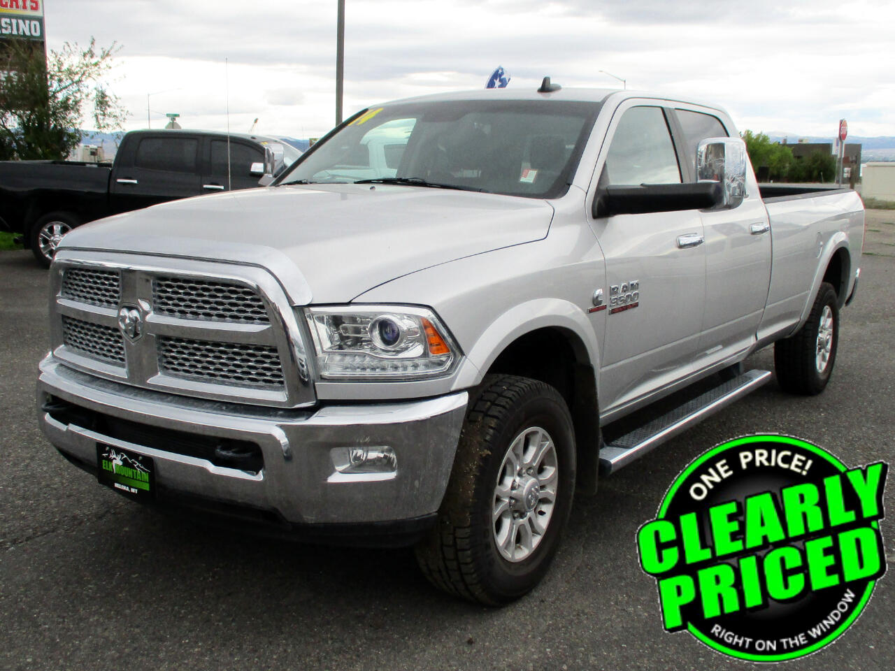 2014 RAM 3500 Laramie Crew Cab LWB 4WD