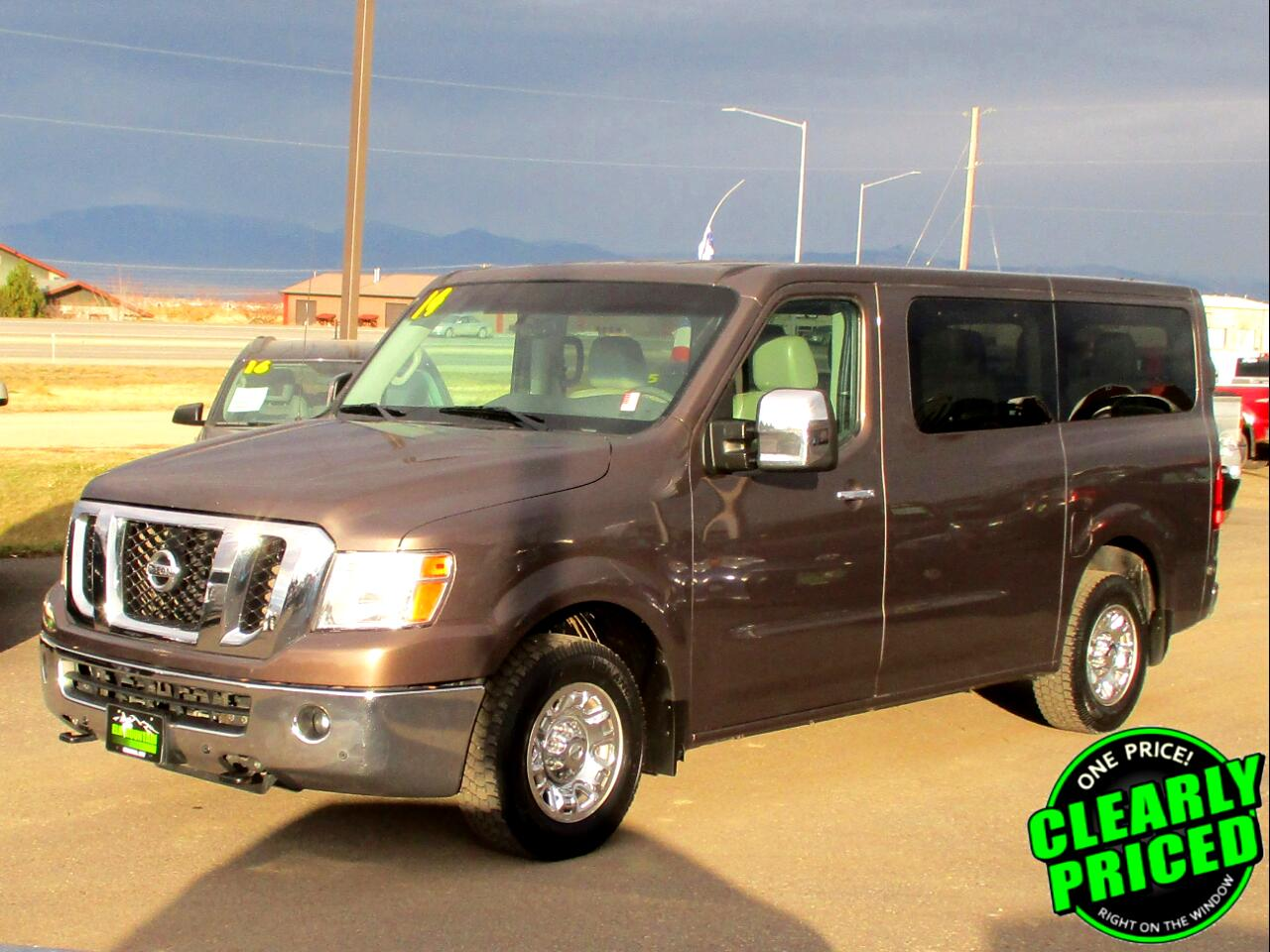 2014 Nissan NV Passenger NV3500 HD SL V8