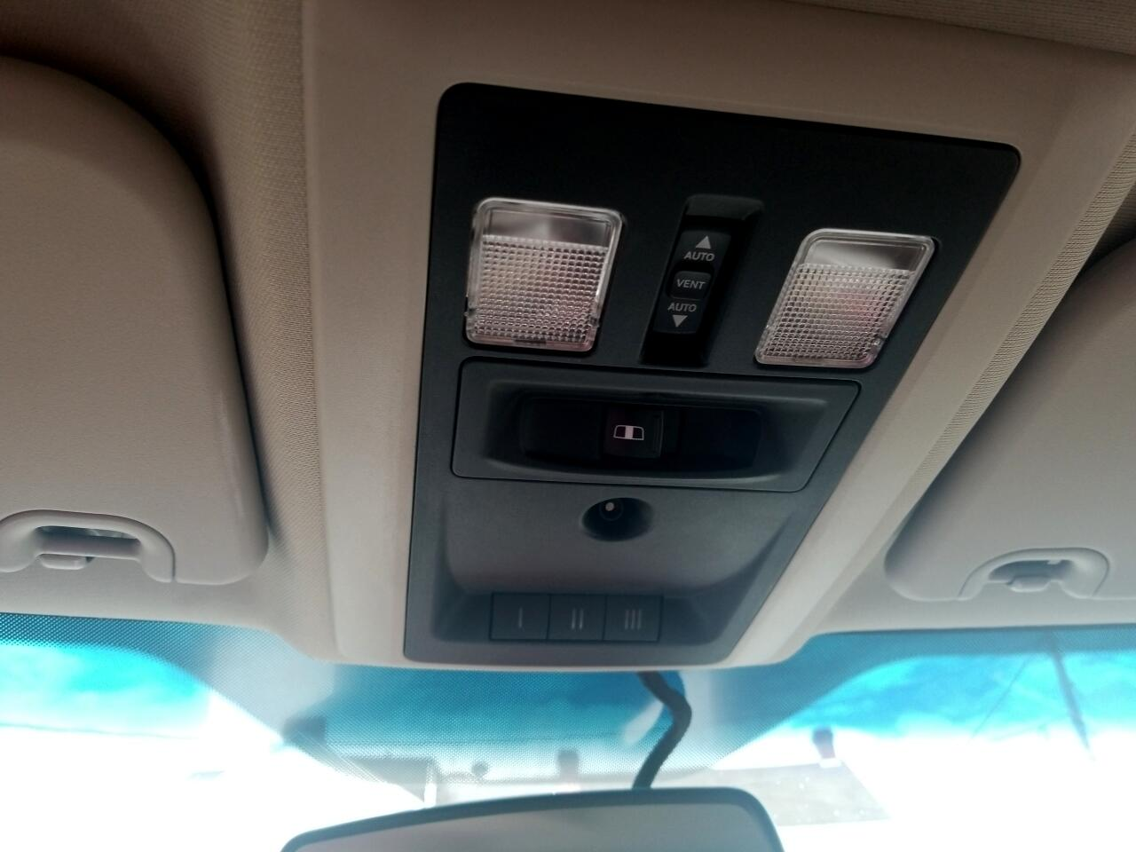 2011 RAM 1500 Laramie Crew Cab 4WD