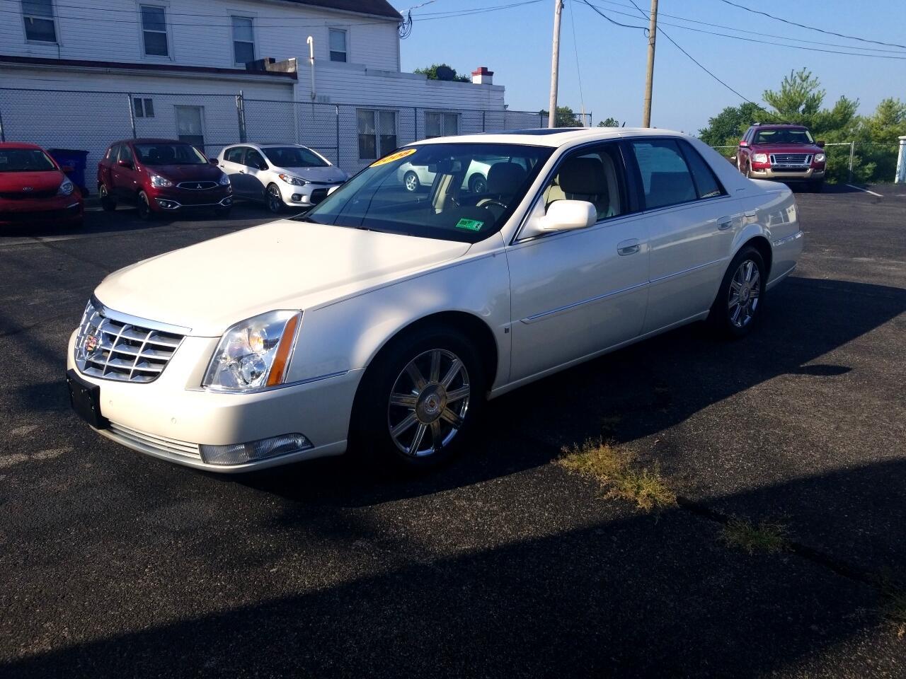 2008 Cadillac DTS 4dr Sdn Luxury II