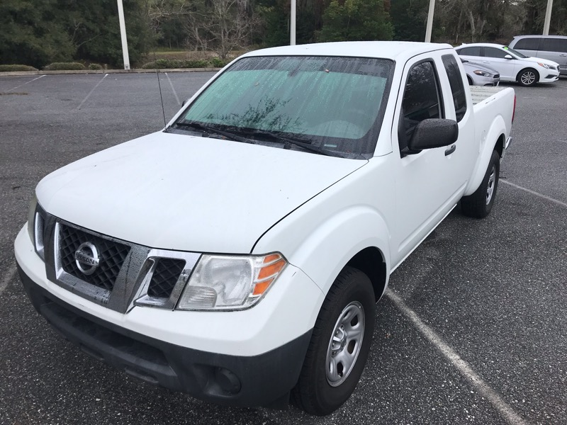 Nissan Frontier S King Cab 5MT 2WD 2014