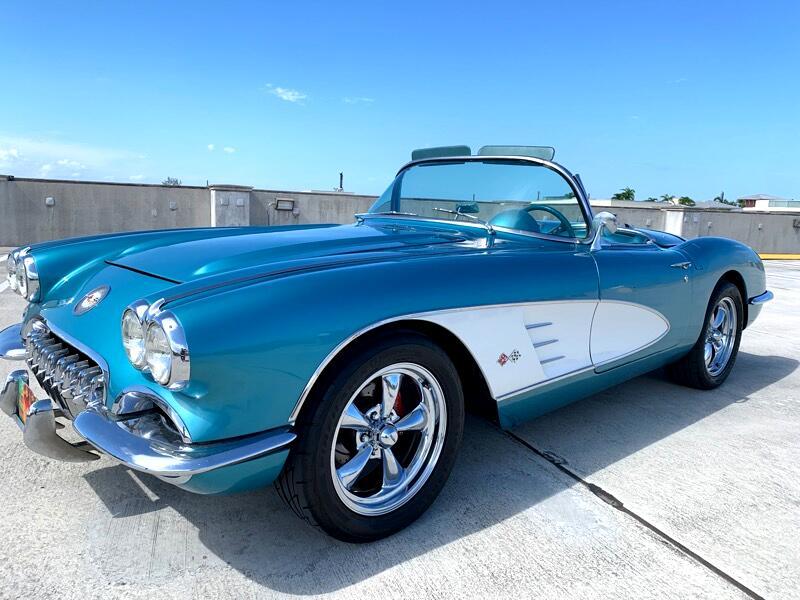 1960 Chevrolet Corvette 2dr Conv