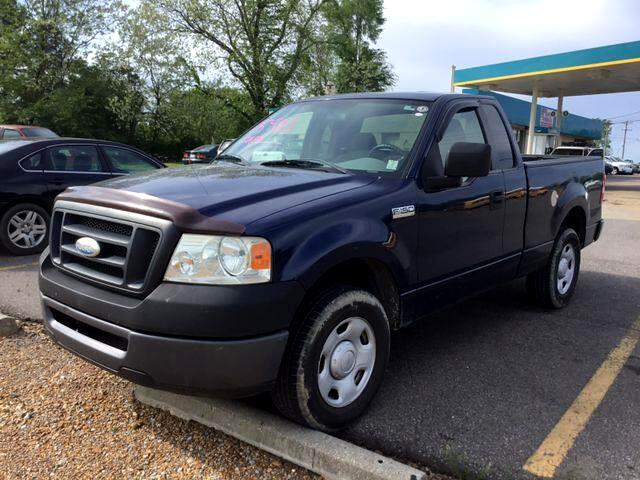 2007 Ford F-150 XL Pickup 2D 8 ft