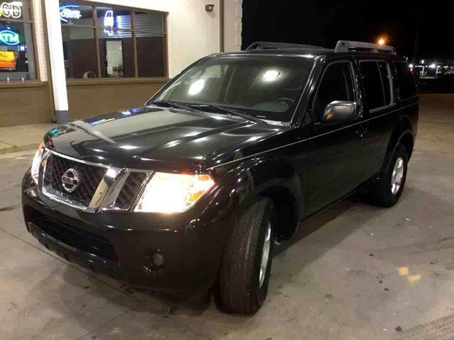 2009 Nissan Pathfinder SE Sport Utility 4D