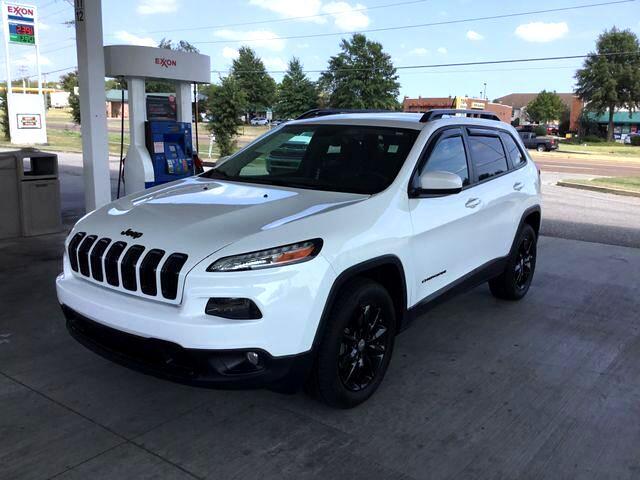 2014 Jeep Cherokee Latitude Sport Utility 4D