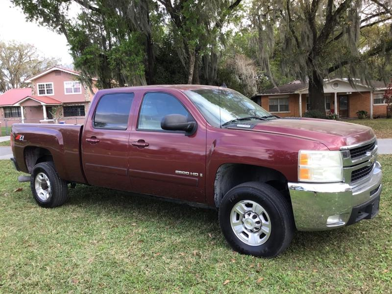 Chevrolet Silverado 2500HD Work Truck Crew Cab Std. Box 4WD 2008