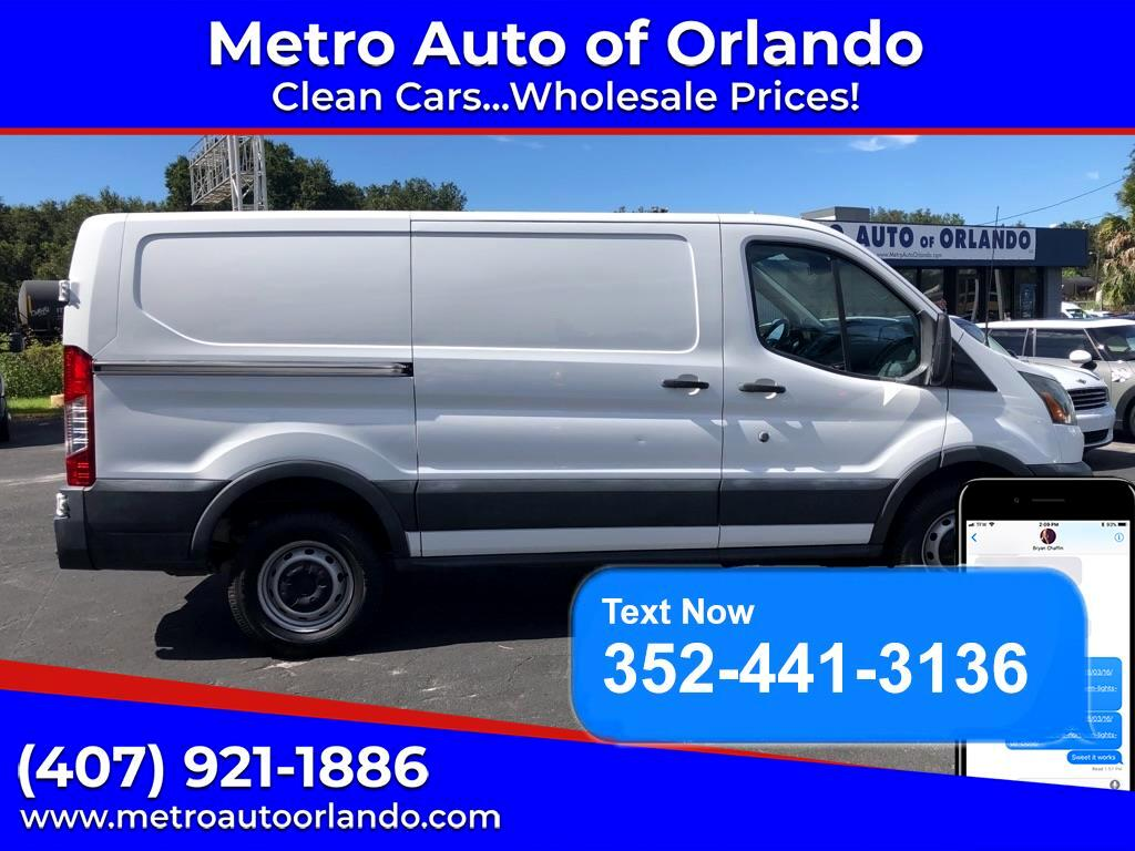 Ford Transit 250 Van Low Roof w/Sliding Pass. 130-in. WB 2015