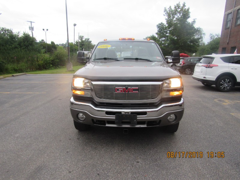 2006 GMC Sierra 2500HD Work Truck Crew Cab Long Bed 4WD