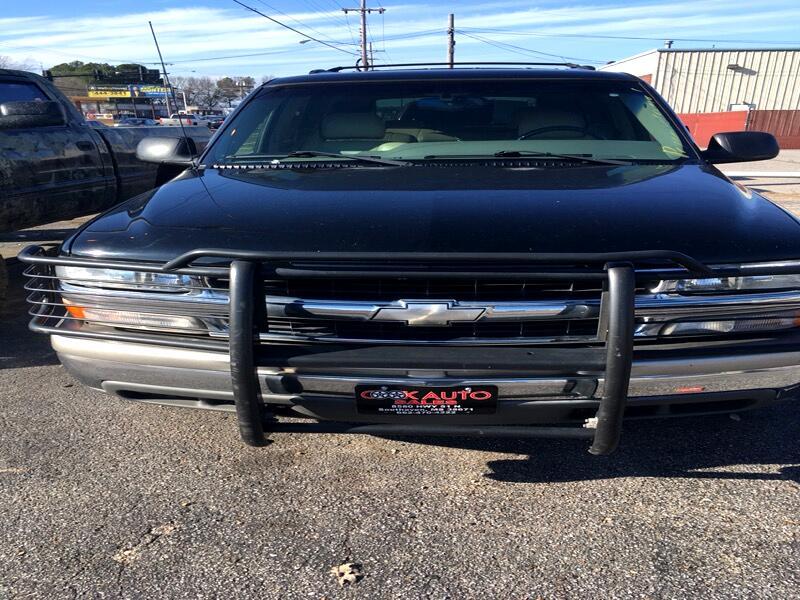 Chevrolet Tahoe 2WD 2001