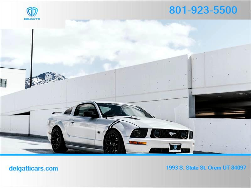 Ford Mustang GT Premium Coupe 2005