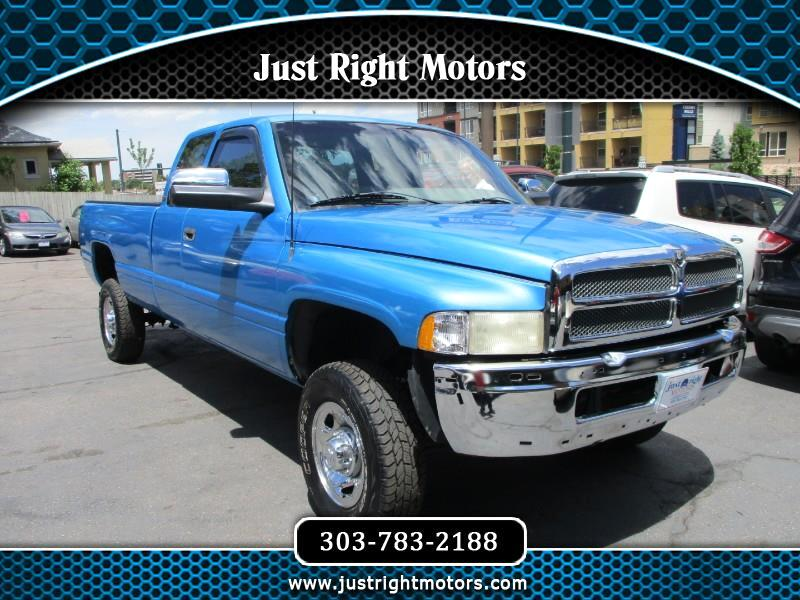 1996 Dodge Ram 2500 ST Club Cab 8-ft. Bed 4WD