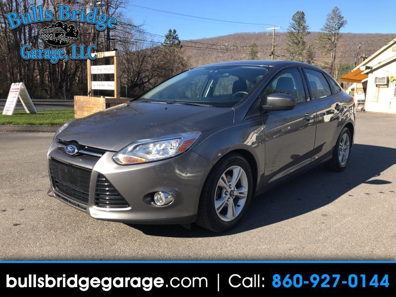 Ford Focus 2dr Cpe S 2012