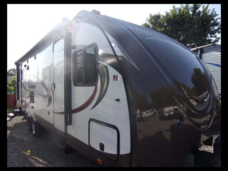 2015 Cruiser RV Shadow Cruiser RADIANCE 28RLS