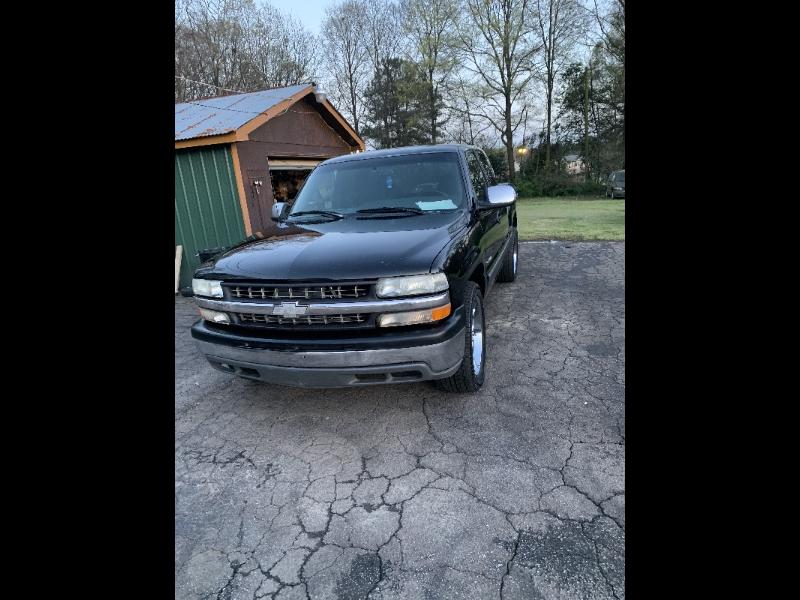 Chevrolet Silverado 1500 LT Ext. Cab 3-Door Short Bed 4WD 2000