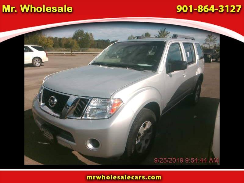 Nissan Pathfinder LE 4WD 2009