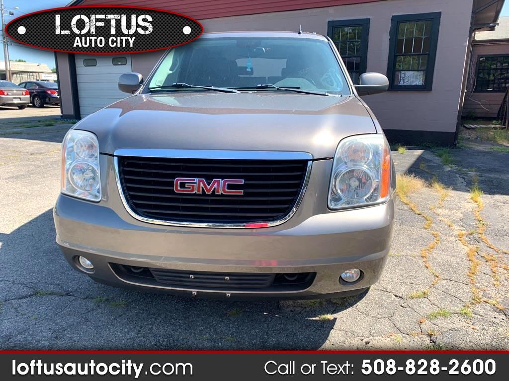 2011 GMC Yukon XL SLT-1 1/2 Ton 4WD