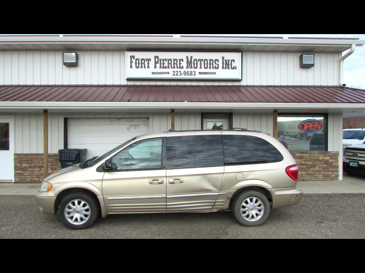 Chrysler Town & Country LXi AWD 2001