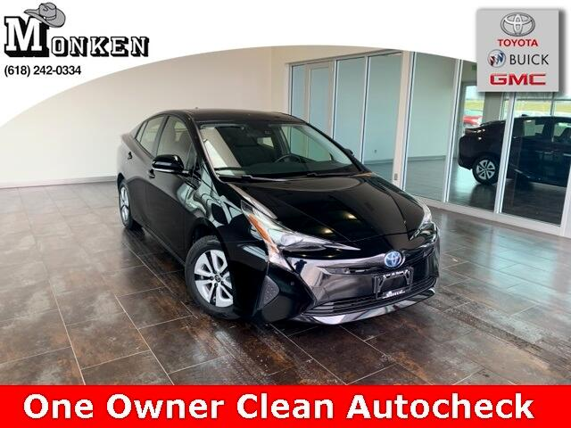 Toyota Prius Three Touring (Natl) 2017