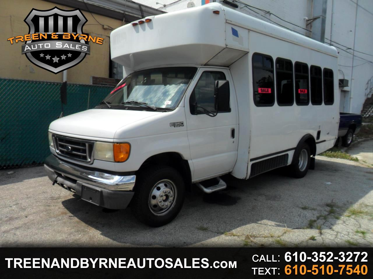 2004 Ford Econoline E-350 Super Duty