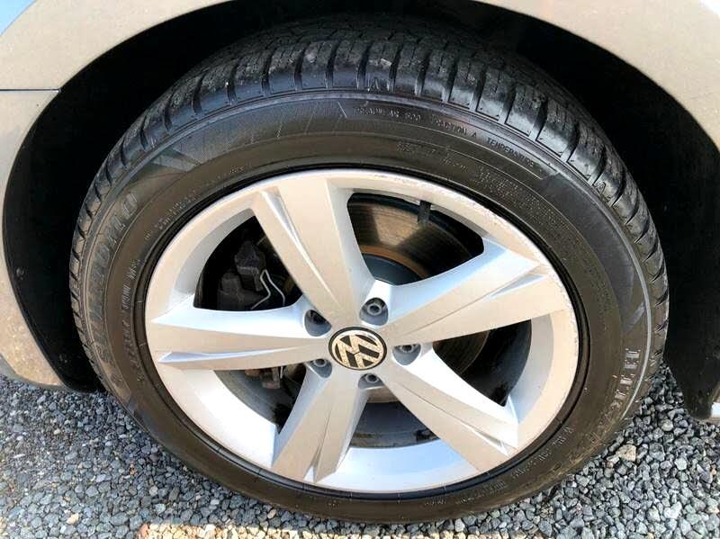 2013 Volkswagen Passat 2.5L SE AT