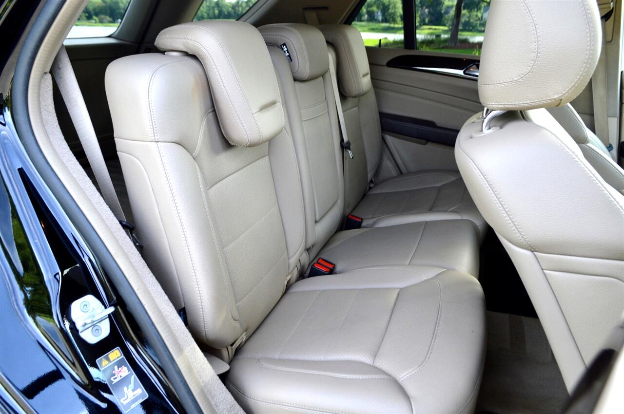 Mercedes-Benz M-Class ML350 4MATIC 2013